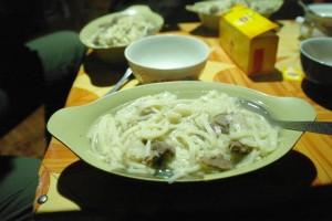 La soupe de la Yourte : Noodle et mouton du jardin !