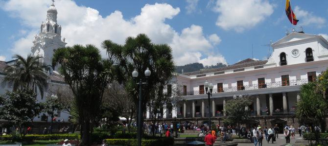 Quito, «Luz de America»